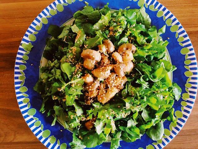 Roka salatası tarifi, Mantarlı salata tarifleri, Mantar salatası, Salata tarifleri, Kolay tarifler, pratik tarifler