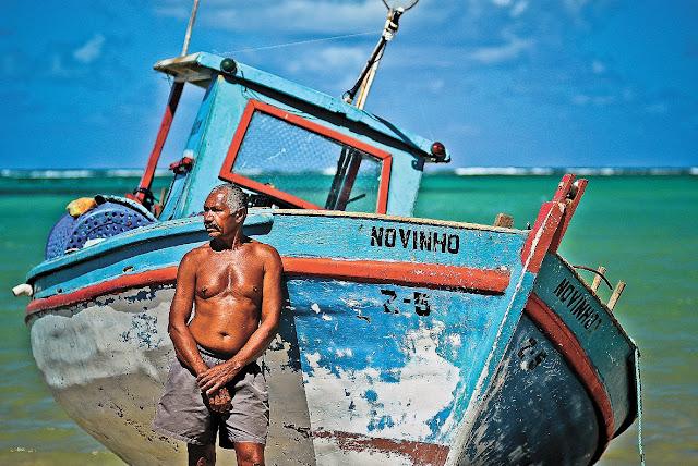 Pescadores cobram incentivo, valorização para quem vive do mar