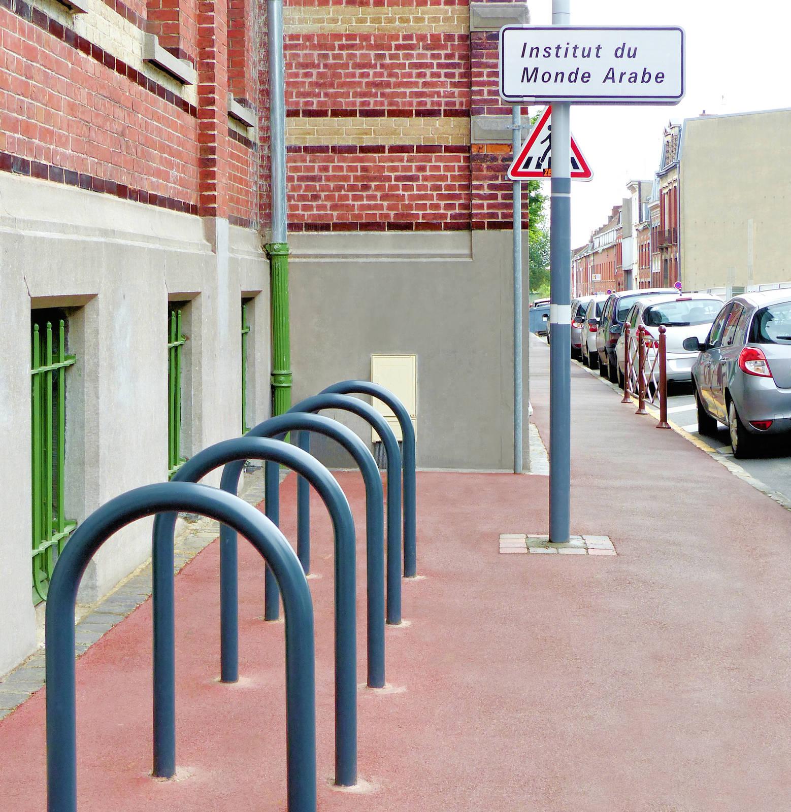Institut du Monde Arabe, Tourcoing - Garage des deux roues.
