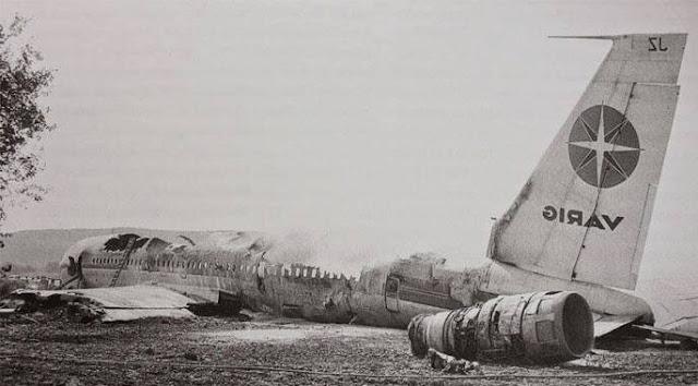 لماذا تحتوي الطائرات على منافض سجائر حتى اليوم,التدخين,الطائرات,الطائرة,لماذا,الحظر,شركات الطيران الأمريكية,سبب رائحة المكيف في الصباح,ماذا,عزم السيارة,كيف يعمل مكيف السيارة,بنات,جرائم,منوعات,العراق,المغرب,الكويت,اختطاف,قوة التبريد,ريحة المكيف,مكيف السيارة,سيارتك مع عبدالحق,محمد,افلام