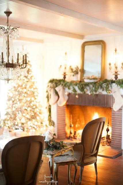 A closer look... Christmas Living Room