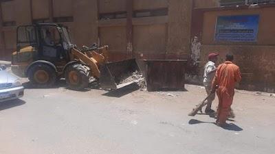 رفع تراكمات أتربة وقمامة بشارع ترعة باجا الشرقي خلف المكفوفين بحي شرق سوهاج