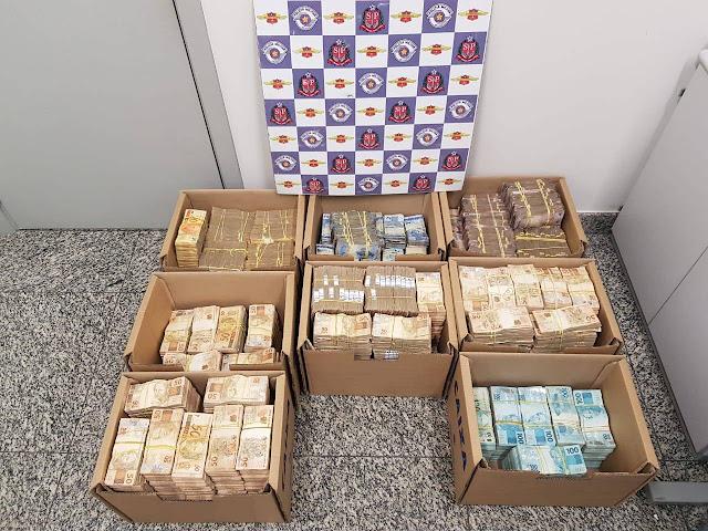 Polícia Civil apreende R$ 4,6 milhões em avião após pouso forçado em Alta Floresta