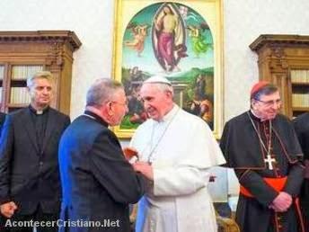 Papa Francisco reunido con luteranos