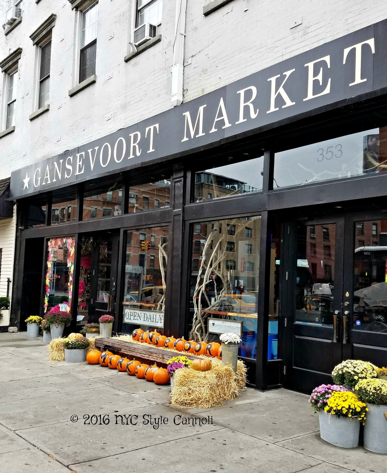 Gansevoort Market nyc, style and a little cannoli: new gansevoort market