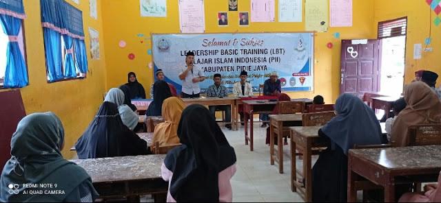 Training Pelajar Islam Indonesia, Camat Trienggadeng ajak kader ikuti sifat Rasulullah