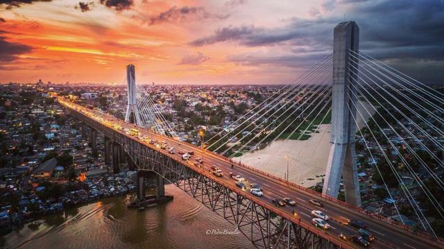 Puente Francisco del Rosario Sánchez (Puente de la 17), Santo Domingo, República Dominicana. (Foto: @pedrobraulio)