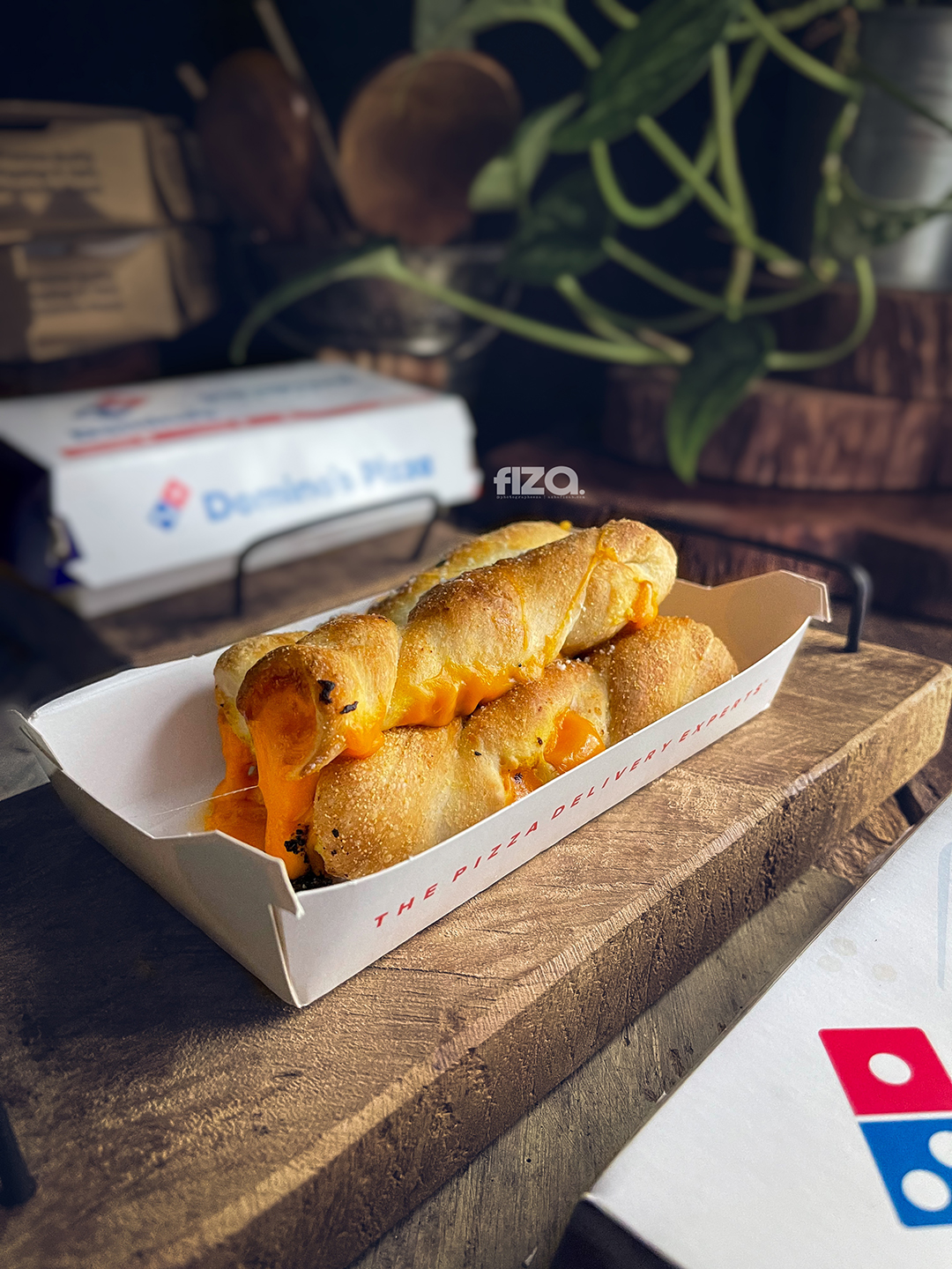 Cheesy Mozzarella Stix Dominos
