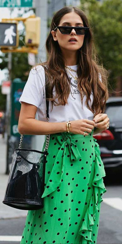 kickstart this season with these 24 charming street style summer fashion ideas. Summer Outfits via higiggle.com | skirt | #streetstyle #summeroutfits #fashion #skirt