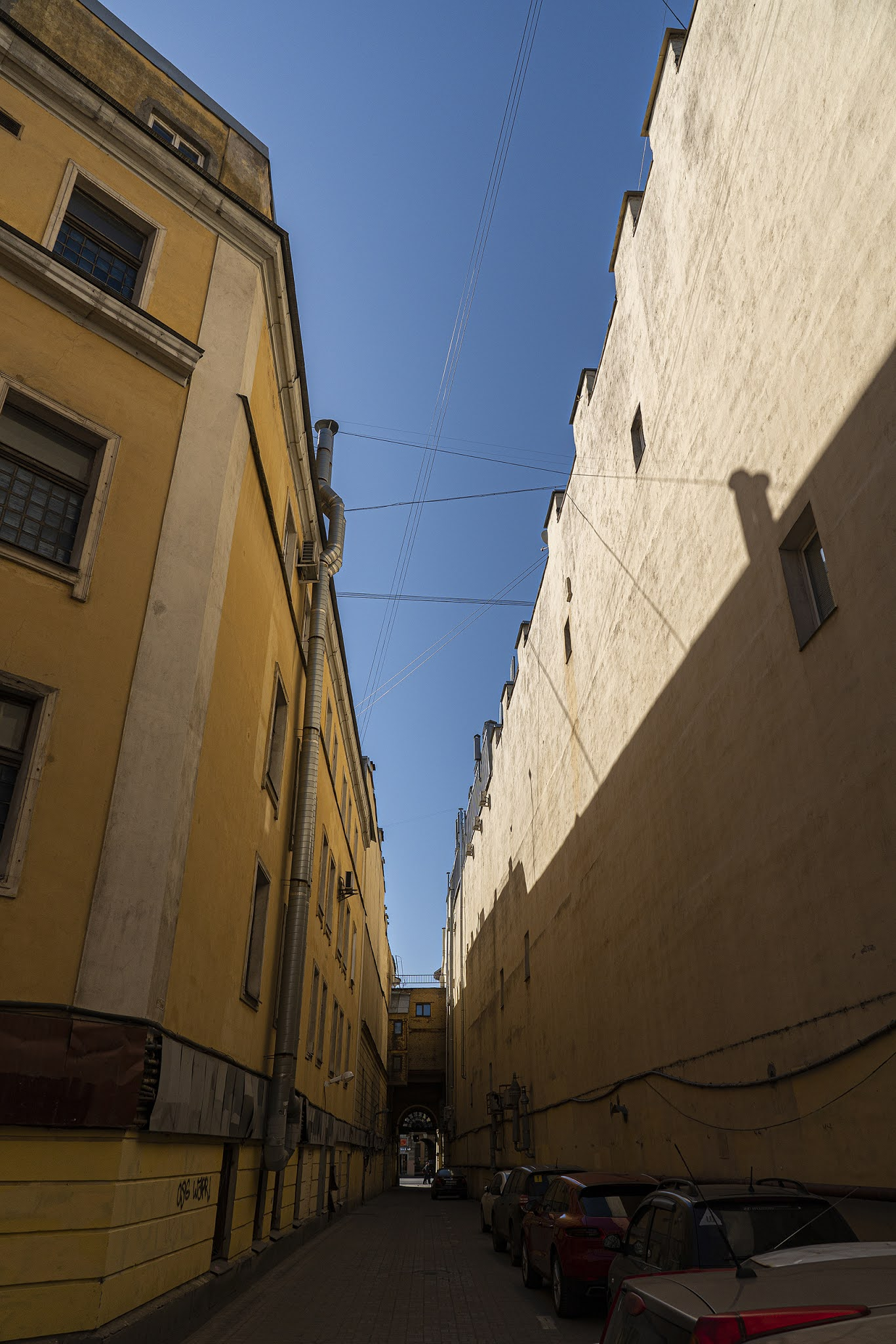 photo by Igor Novik St. Petersburg St. Petersburg yards skyline city streets