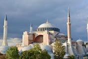 Resmi Dibukanya kembali Hagia Sophia Yang Difungsikan Sebagai masjid