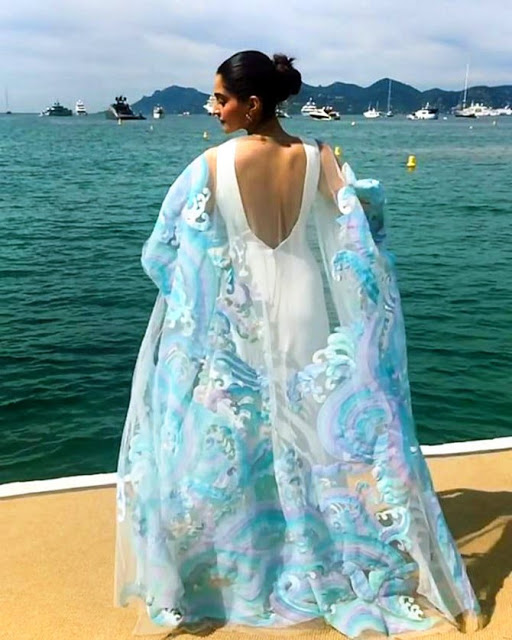 Sonam Kapoor Spicy Hot at Cannes 2017 Day 2 Stills
