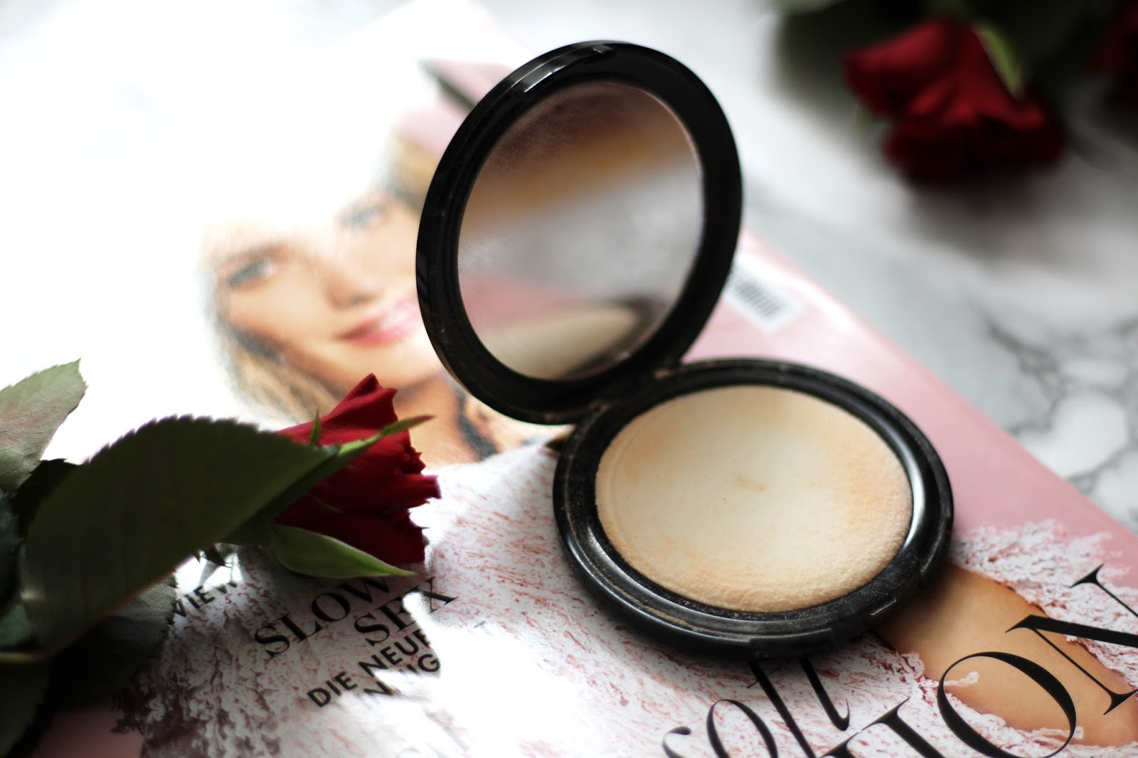 L.O.V Perfectitude Translucent Compact Powder Test