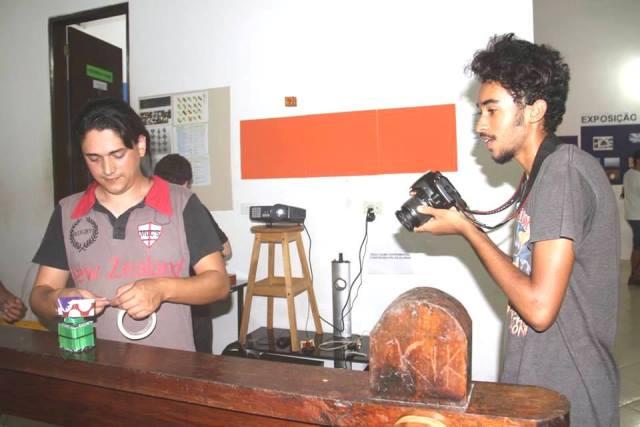 Ilha Jovem abre inscrições para dezessete cursos, entre eles, Circo, Games e Aplicativos , DJ, Empreendedorismo Social e outros