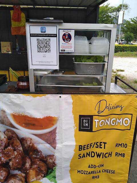 Tong mo stall