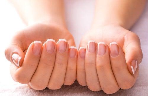 Mẹo để có móng tay đẹp hơn