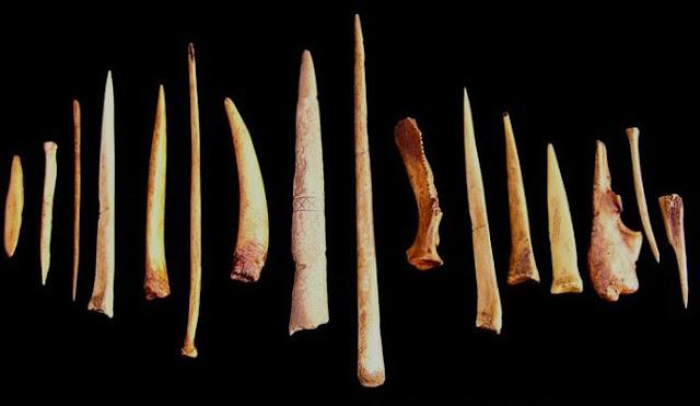 penemuan alat-alat tulang di indonesia, alat tulang, alat tulang pra sejarah, alat tulang pra aksara