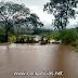 Chuva alaga e interdita trecho da PR-218, em Santo Antônio do Paraíso