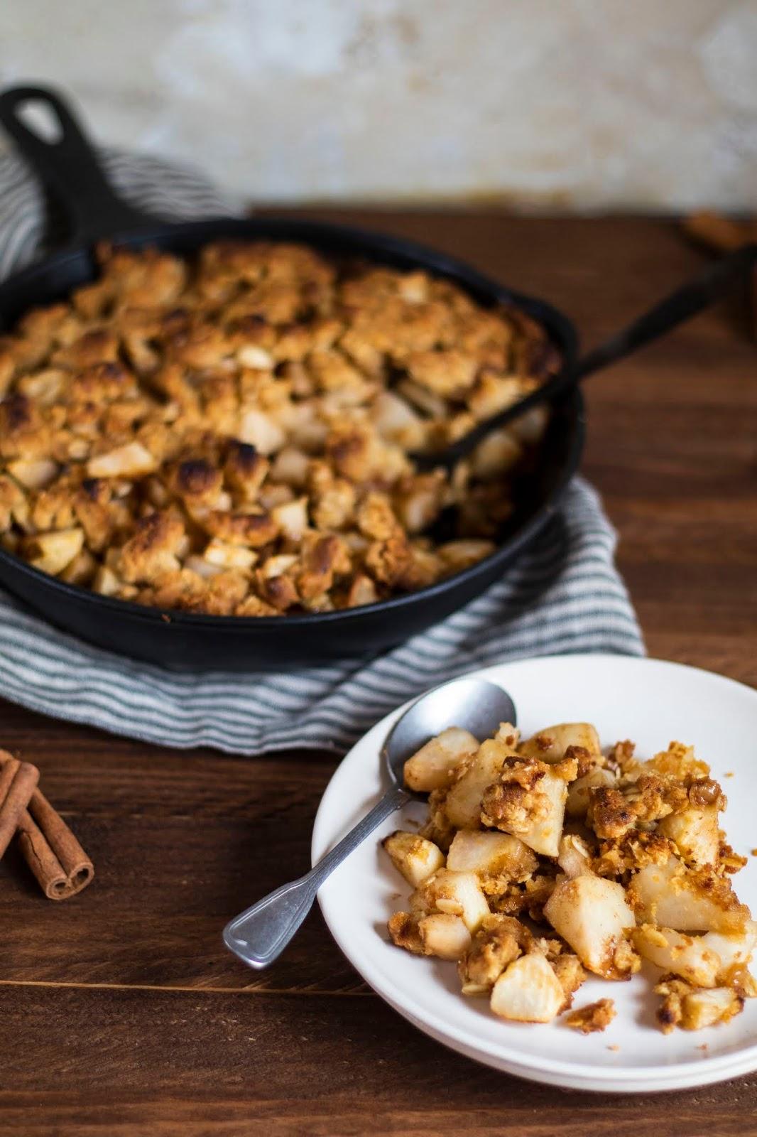 Délicieuse recette d'automne, le crumble aux poires et à la cannelle !