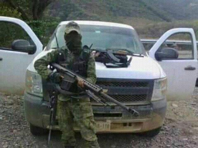 Sicarios en la frontera con los gringos disparan a los constructores del muro de Trump, es Zona controlada por el CDG