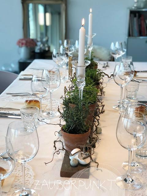 Tischdekoration Frühling, Ostern, Kräuter, weiss, Tablesetting, Springtime, Herbs, Homesweethome, Daheim ist es am schönsten, Gemütlich,