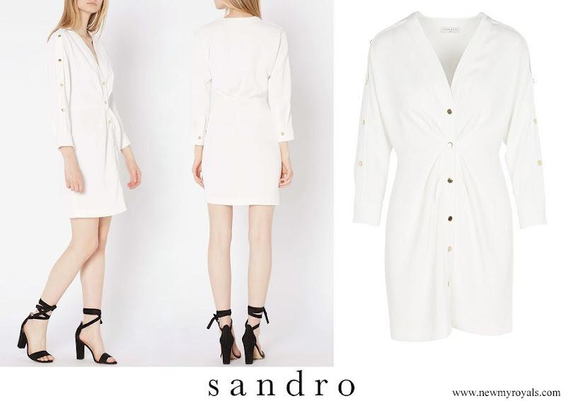Princess Alexia wore SANDRO Buttoned V-neck Straight Dress