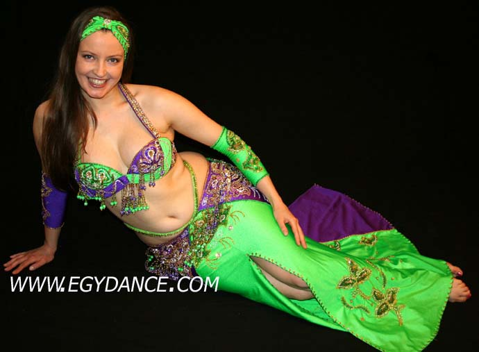e225bd85d belly dancing costumes: Green purple belly dance costumes skirt bra 001