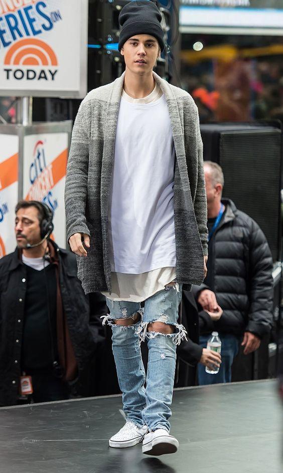 Roupas Masculina Calitta Justin Bieber vestindo um Cardigan