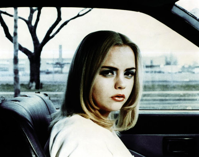 Buffalo '66 movieloversreviews.filminspector.com Christina Ricci