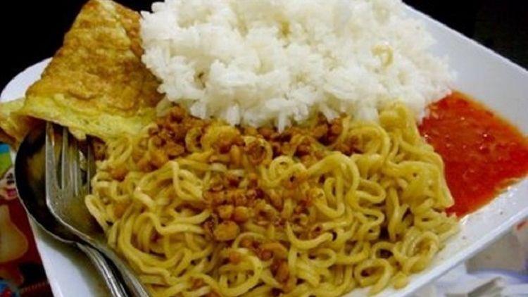 Apa bahaya makan nasi dan mie