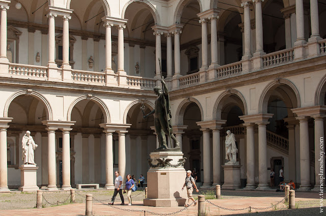 Galería Brera Pinacoteca museos Milan viaje Italia