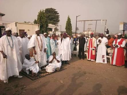 'God Is The King Of Kings': Ooni of Ife Joins Christians for Prayers