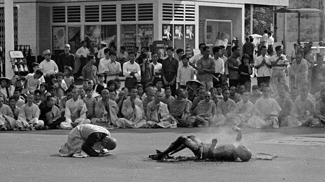 Many of the monks and nuns, as well as some shocked passersby, prostrated themselves before the burning monk.