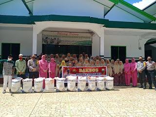 Kapolres Bersama Ketua Bhayangkari Pangkep Baksos Ke Panti Asuhan