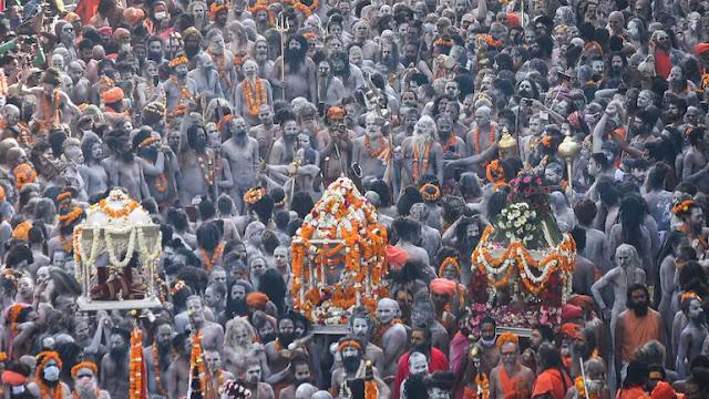 Menilik Kumbh Mela, Festival Keagamaan Hindu yang Picu Tsunami COVID-19 di India