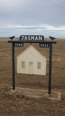 Grassy Lake, Maleb, Alberta, sign, school, Jasman, abandoned