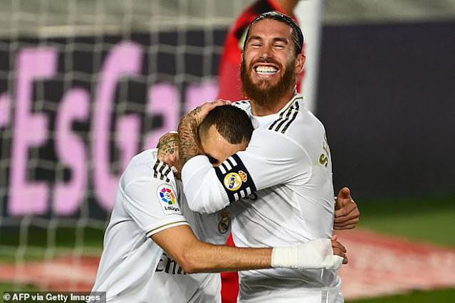 """Real Madrid vô địch La Liga lần thứ 34: Rực rỡ Zidane và """"gà son"""" Benzema 6"""