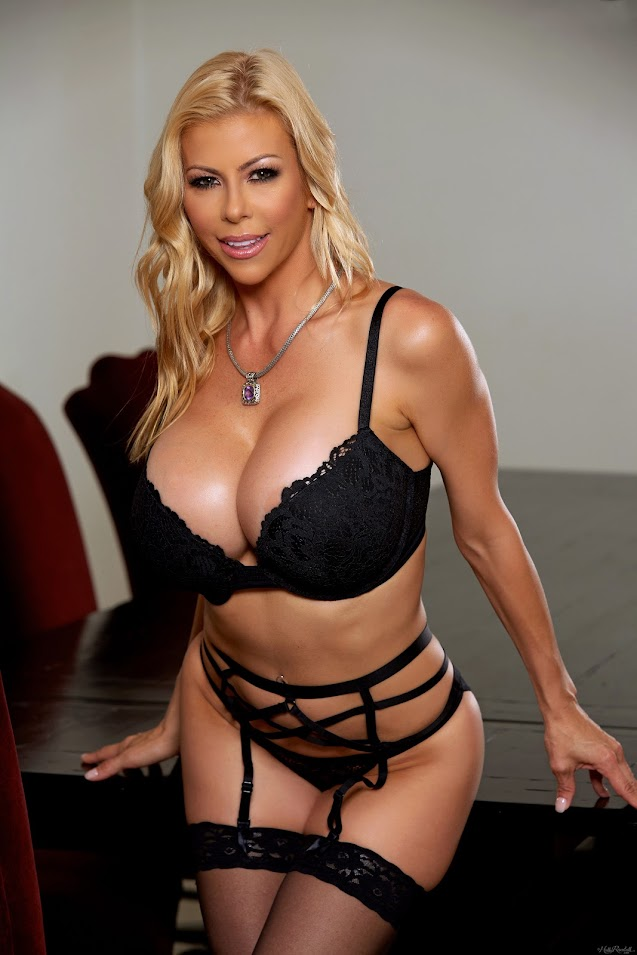 [HollyRandall] Alexis Fawx - Lady in Black - idols