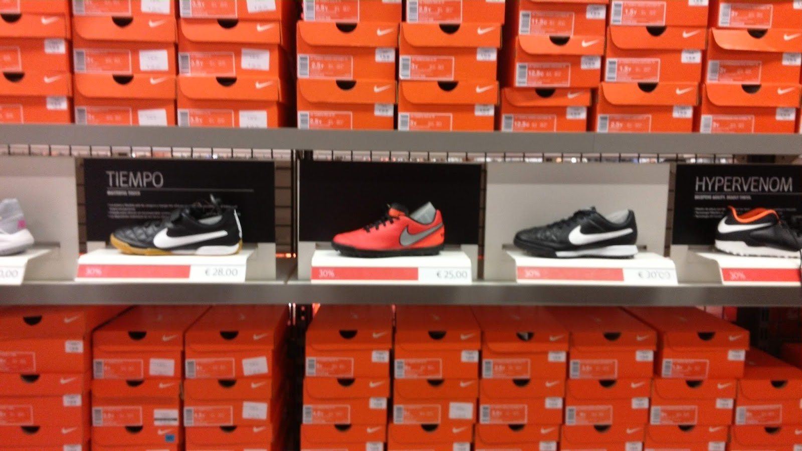 rebajas nike factory plaza mayor
