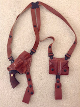 Galco Miami Classic Shoulder Holster rig for a Colt Python