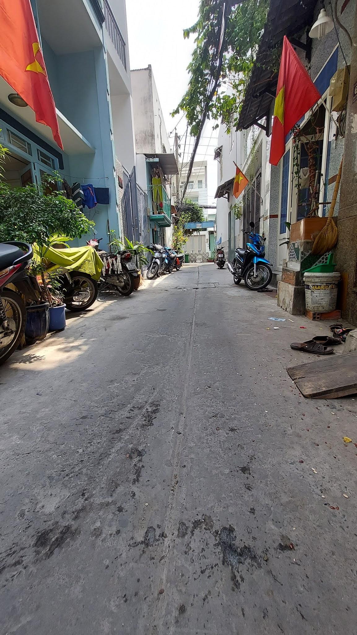 Bán nhà 1 lầu Đường số 12 quận Bình Tân dưới 3 tỷ mới nhất 2021