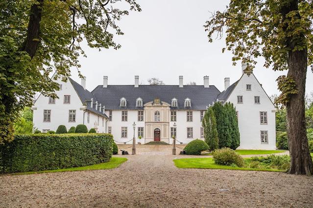 Schakenborg Castle, Denmark