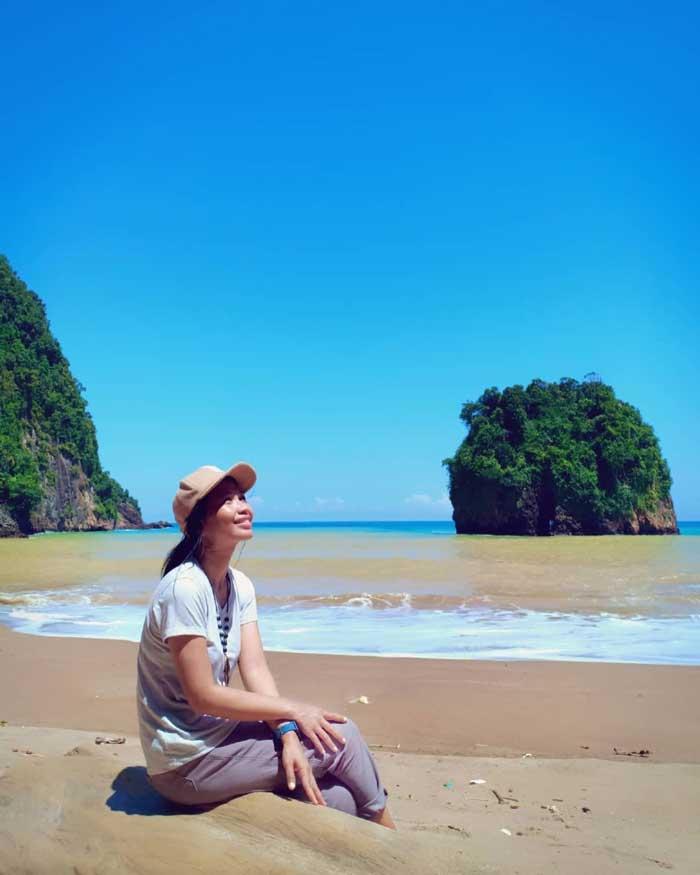 Fasilitas Wisata di Pantai Kali Apus Malang