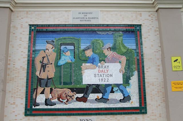 Bray on vain lyhyen junamatkan päässä Dublinista