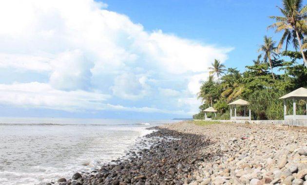 Pantai Cimaja Sukabumi