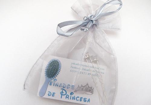 Regalo de Maria del Mar peinados de princesa primera merienda blogger
