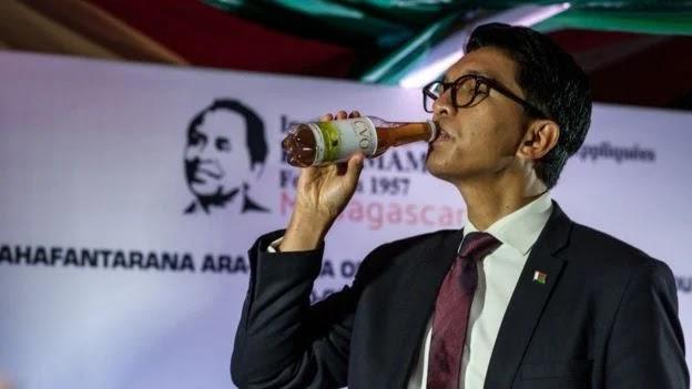 На Мадагаскарі міністра звільнено через закупівлю цукерок на 2 млн доларів