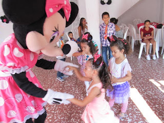 recreacionistas-medellin-minnie-y-mickey-mouse-bonitos-4