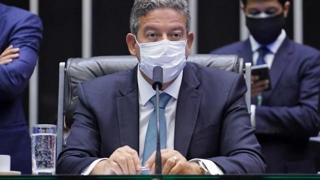 """Mais imunidade, menos chance de prisão: Câmara vota PEC de """"autodefesa"""