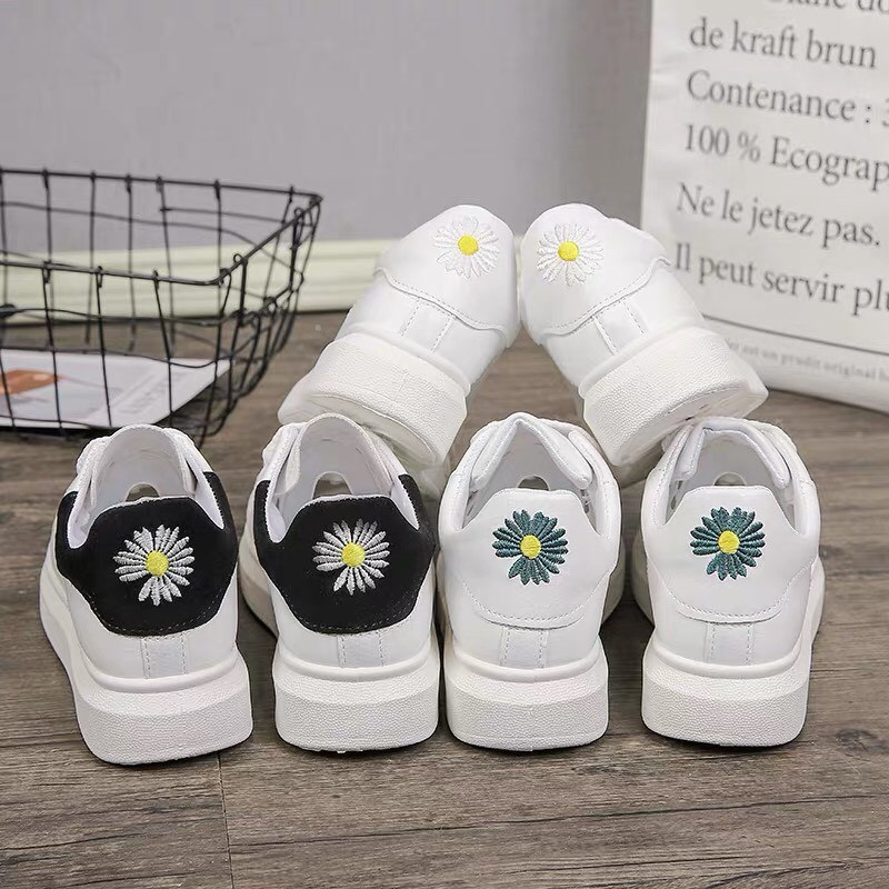 Giày Thể Thao Nữ - giày gót hoa cúc